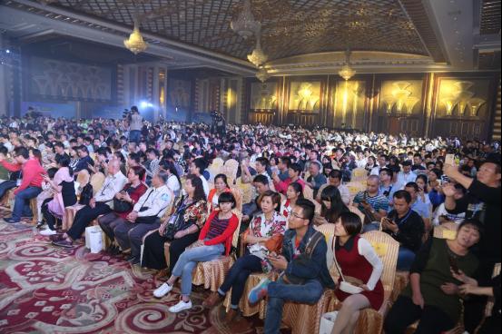 东风风行景逸1.5T智联型上市 团购会成交超过1000台1729.png